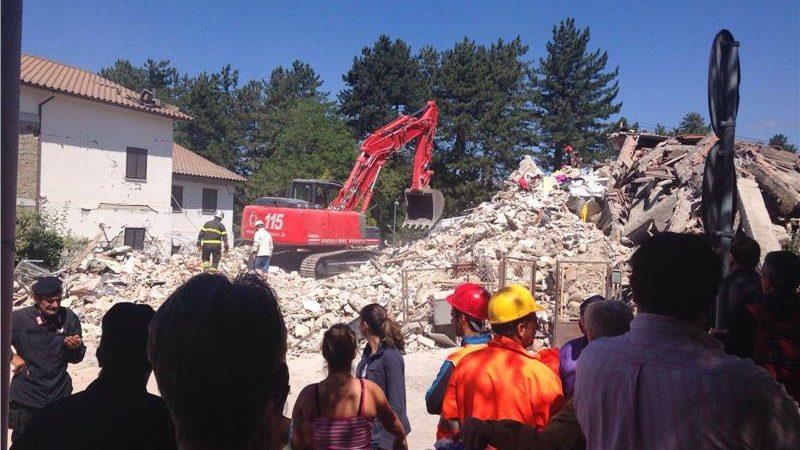 Terremoto, partita la colonna mobile della protezione civile regionale