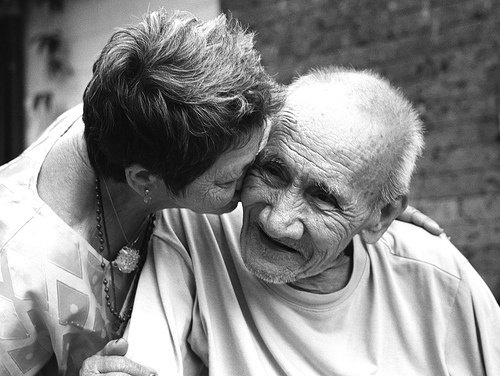 Alzheimer: In Italia aumentono i casi di demenza, 600mila i malati