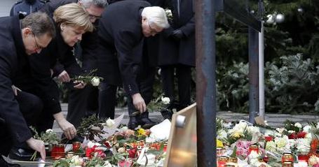 Berlino. Dispersa una ragazza italiana. Merkel. Intollerabile se fosse un profugo