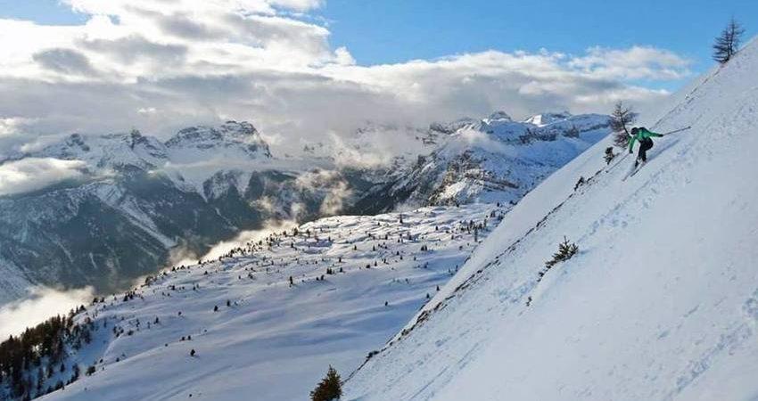 Ben noto Panorami mozzafiato e adrenalina a mille per la prima Peller ski  AZ71
