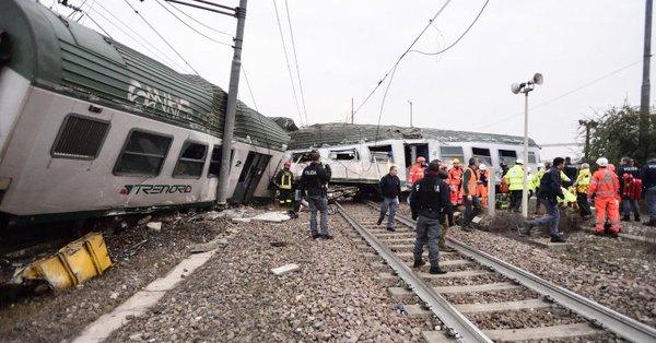 Treno ferrovie Trenord deragliato a Milano, due morti e dieci feriti gravi