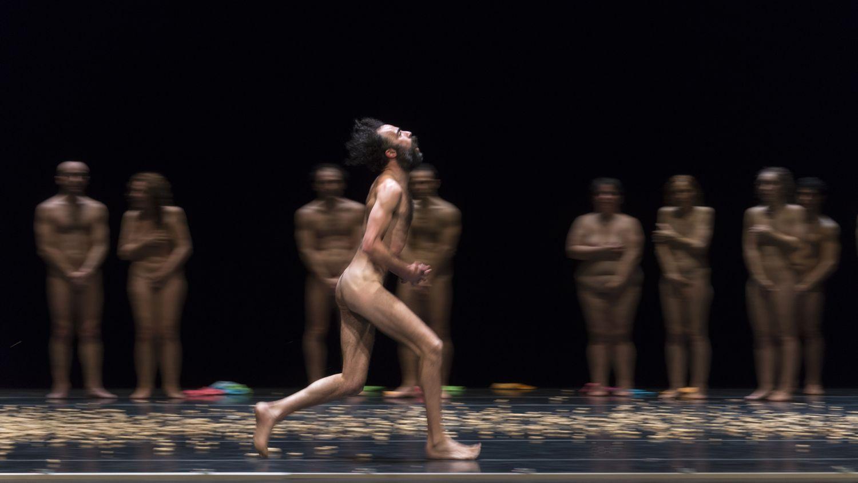 Modello di fitness nude