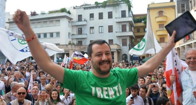 Governo, nuovo accordo Di Maio-Salvini. Conte è al Quirinale - Politica Roma