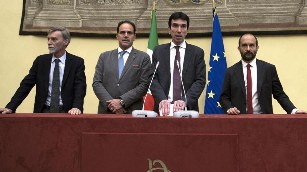 Governo. Maurizio Martina difende l'accordo con Luigi Di Maio
