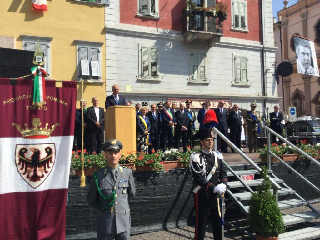 Trento, Festival Economia: scontro tra Soros e Salvini