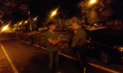 la foto dell'aggressore bloccato dai carabinieri