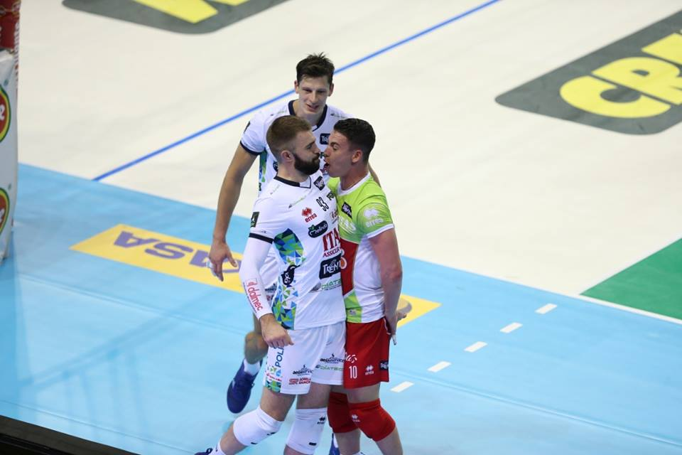 Volley: terzo posto in Supercoppa, la Lube batte Perugia 3-1