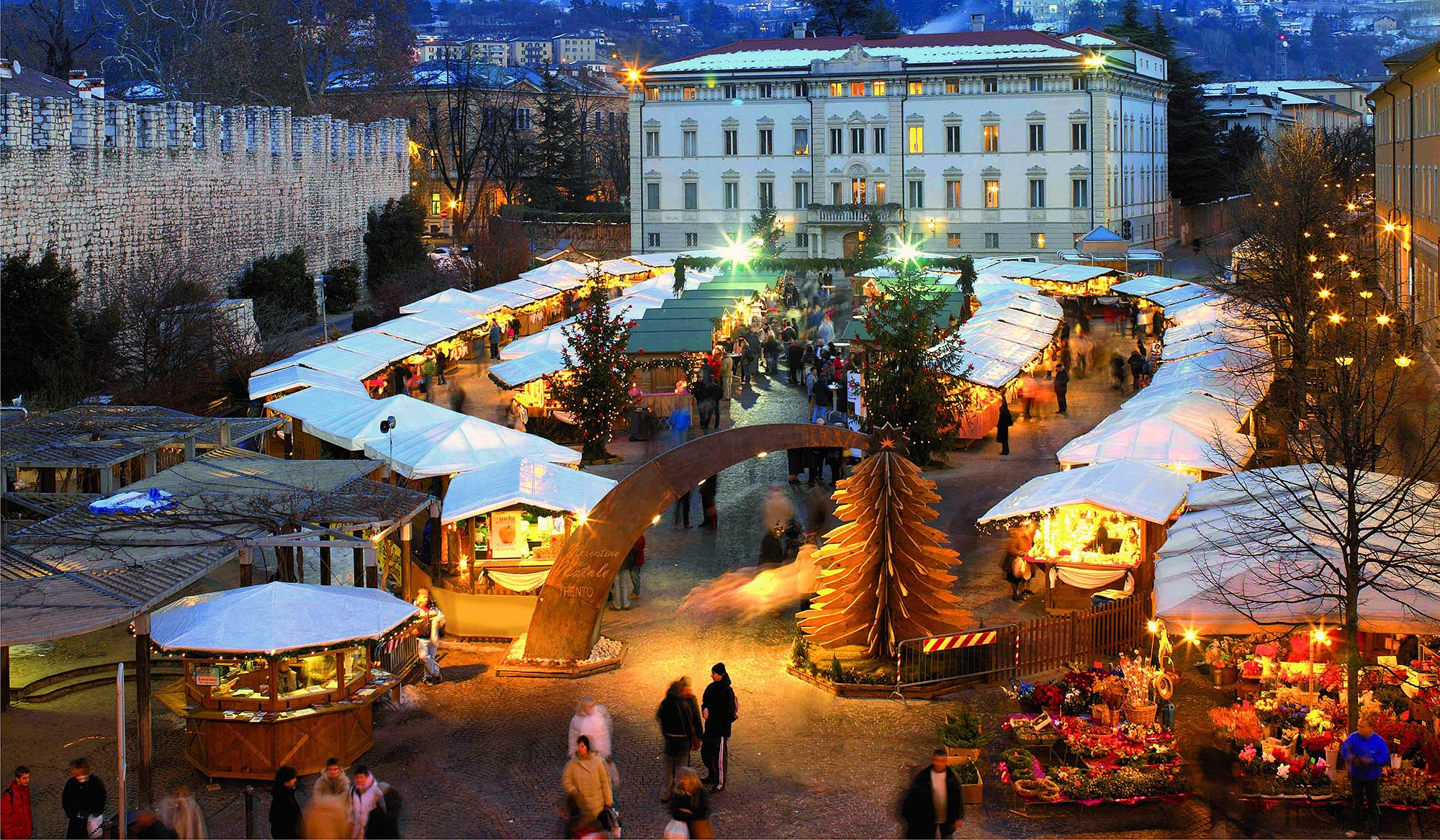 Immagini Mercatini Di Natale Trento.Mercatini Di Natale A Trento Dal 24 Novembre Al 6 Gennaio