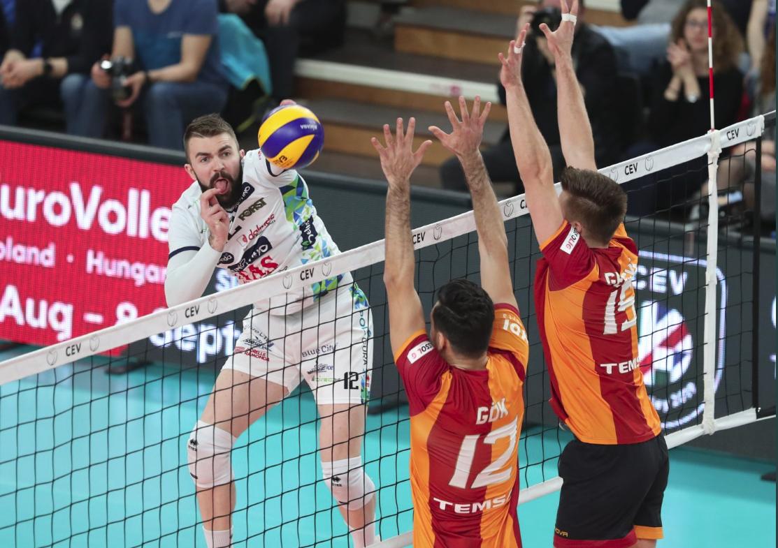 Marche del volley in festa, Lorenzetti vince la Coppa Cev