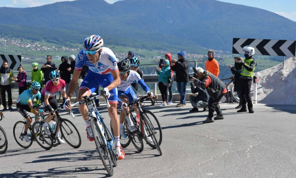 """da5fe0070187 La carovana del """"Tour of the Alps"""" attraversa la Val di Non: gli orari di  chiusura delle strade - La voce del Trentino"""