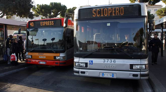 Sciopero nel trasporto pubblico locale, coinvolti anche i lavoratori toscani del settore